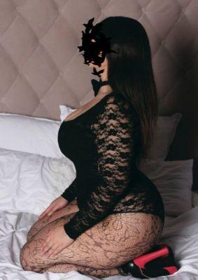 Дарья, рост: 163, вес: 50 — проститутка с аналом