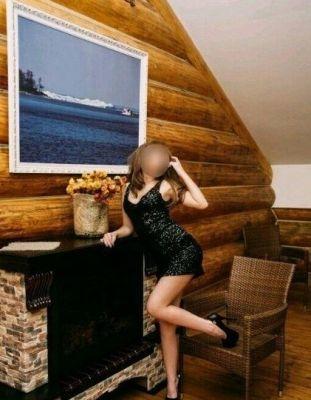 Лена - проститутка по вызову, заказать в один клик