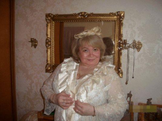 Стриптизерша проститутка Мадам Кураж, от 1500 руб. в час, круглосуточно