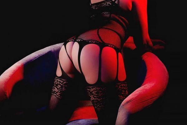 Красивая проститутка (35 лет), работает в Красноярске (Свердловский)