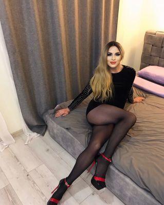 Валерия  — проститутка для семейных пар, рост:  183, вес:  73